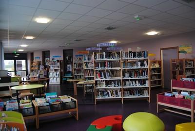 bibliotheque-de-guimiliau